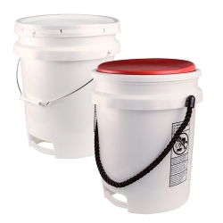 Built-in Bottom Handle 5 Gallon Buckets & Covers
