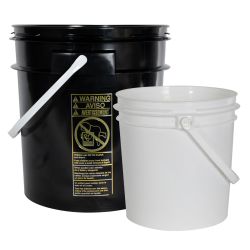 Smart Seal™ White 1 Gallon Bucket & Cover