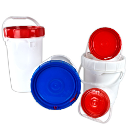 Life Latch® Plastic Buckets