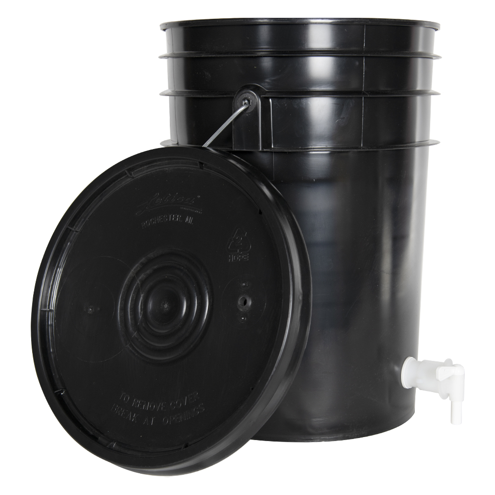 Black 6 Gallon Tamco® Fermentation Bucket with Spigot & Lid