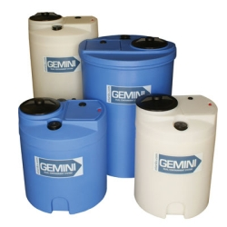"Gemini® 62 Gallon Blue Flat Top Dual Containment Tank - 25.5"" Dia. x 37"" H"