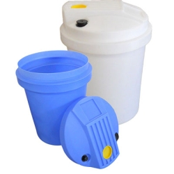 "Aquarius 30 Gallon Blue Chemical Feed Tank - 27"" Dia. x 21.25"" H"