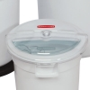 Rubbermaid® Prosave™ Sliding Lid with 2 Cup Scoop for 10 Gallon Brute #6423