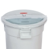 Rubbermaid® Prosave™ Sliding Lid with 4 Cup Scoop for 32 Gallon  Brute #6401