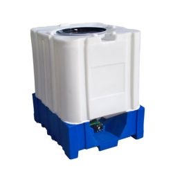 The Avenger - All Plastic 275 Gallon IBC