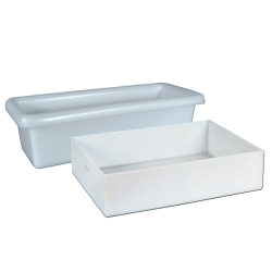 Shallow One Piece Polyethylene Molded Trays