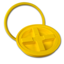 Yellow Gamma Seal ® Lid for 3.5 to 7 Gallon Pail