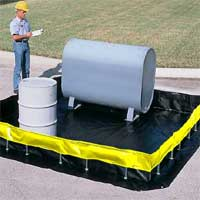 UltraTech Collapsible Wall Spill Containment Berm, 6' x 6' x 1'