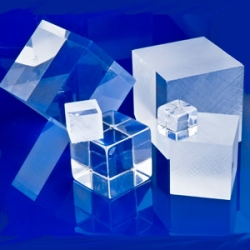 "2"" x 2"" x 2"" Unpolished Clear Acrylic Cube"